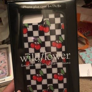 detailed look 468f2 f3c83 Cherry checker iPhone 7/8 Plus case NWT